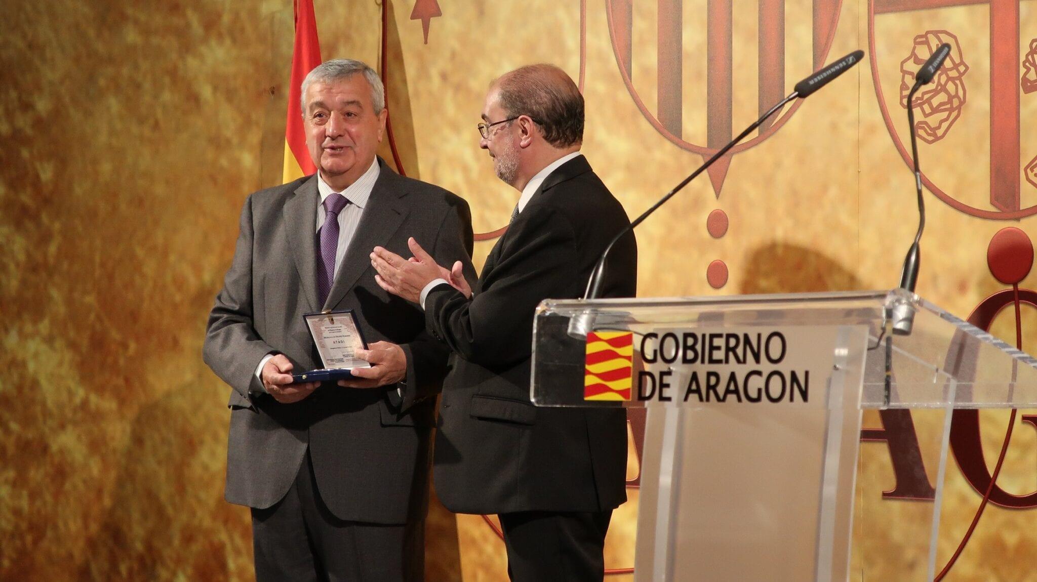 ATADI recibe la Medalla a los Valores Humanos del Gobierno de Aragón