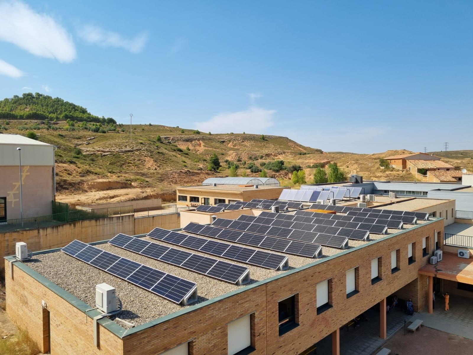 ATADI Alcorisa instala placas solares para ahorrar energía y aumentar su eficiencia