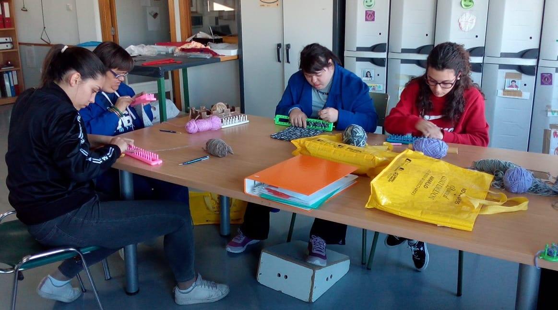 El alumnado del IES Damián Forment colabora con ATADI Alcorisa