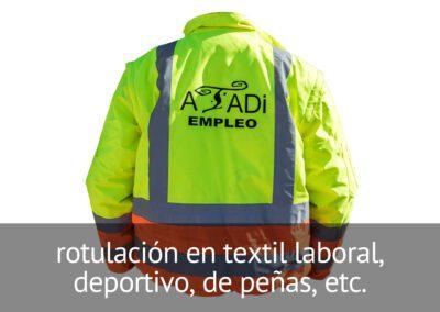 Rotulación de prendas de trabajo, deportivas, de peñas, etc. en Diverco