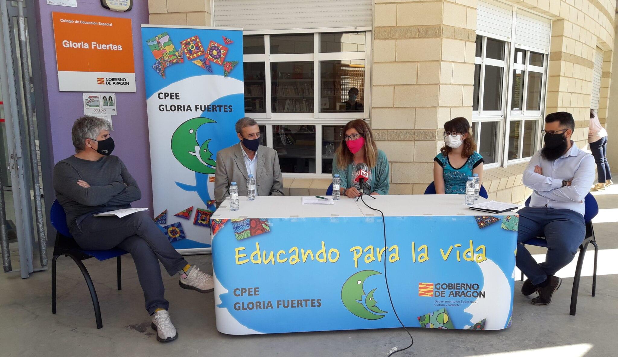 Atadi Empleo contrata a una segunda alumna del CPEE Gloria Fuertes para realizar la limpieza del centro educativo